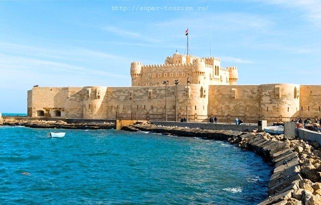 Форт Кайтбей в Александрии Египет отдых