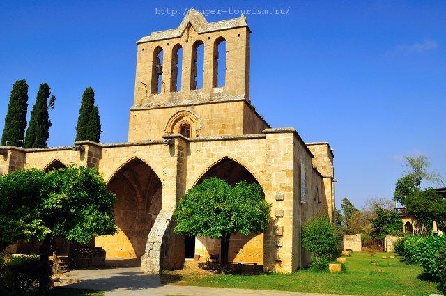 Кипр отдых за рубежом Аббатство Беллапаис