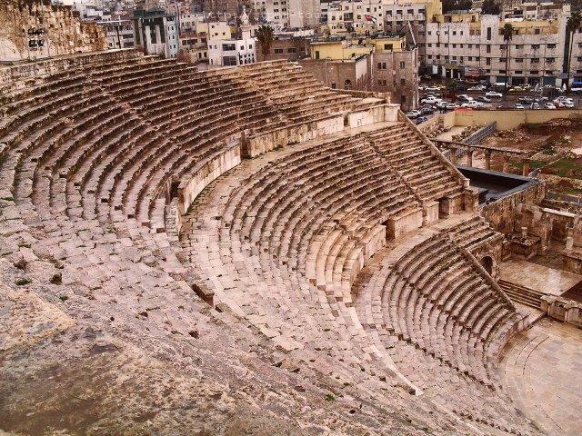 Амфитеатр в Аммане, отдых в Иордании