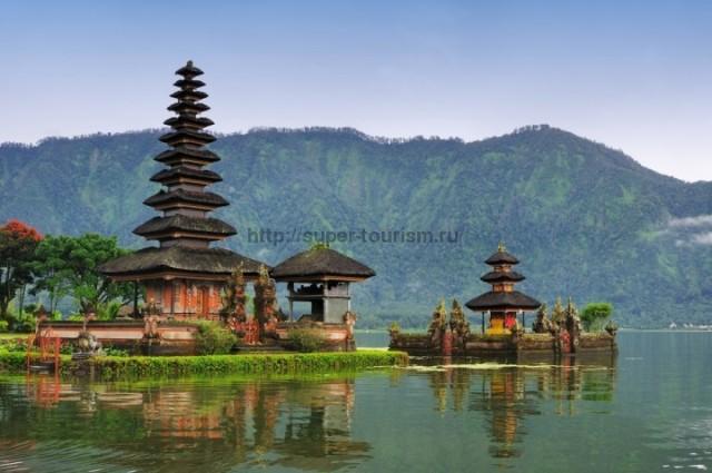 Храм Пура-Улун-Дану Индонезия отдых