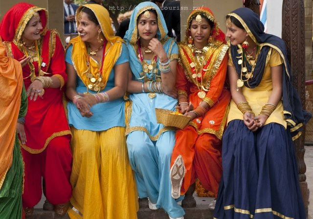 Индийские девушки туризм путешествия Индия