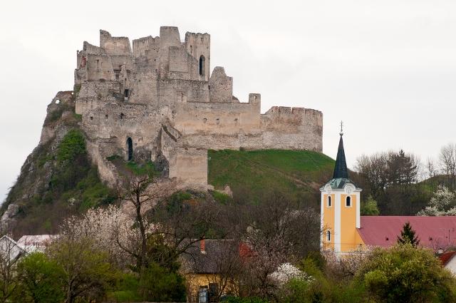 Замок Бецков Словакия отдых