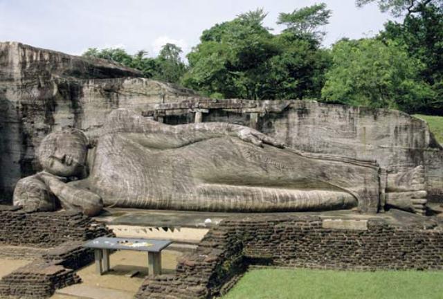 город Анурадхапура древние памятники