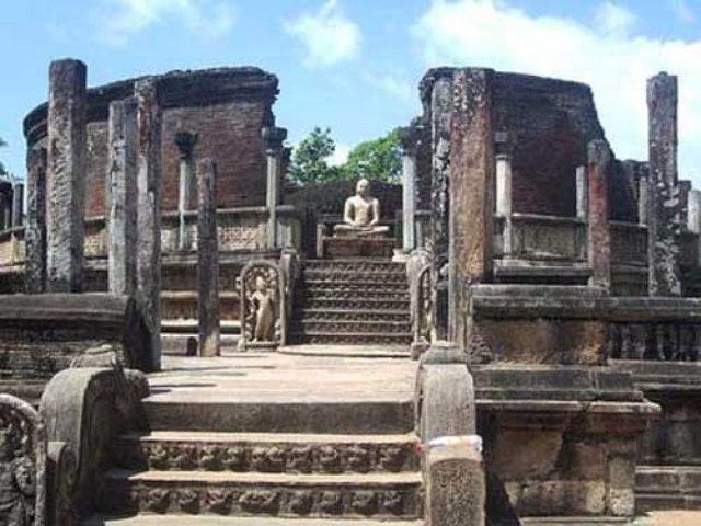 отдых на Шри-Ланке храм Полоннарува