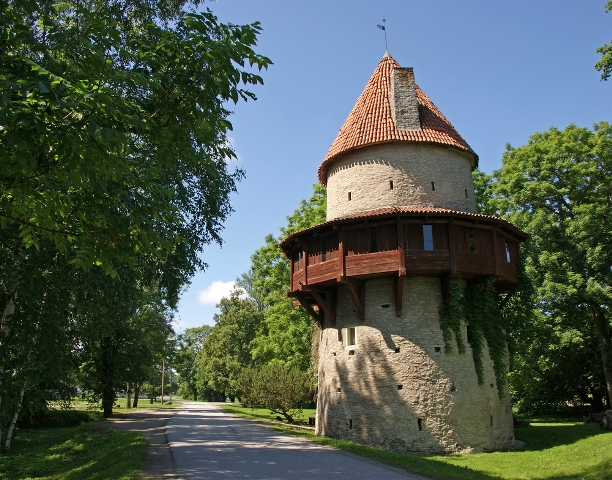 Эстония Оборонительная башня замка XVI века, Таллин