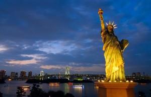 статуя Свободы Японии