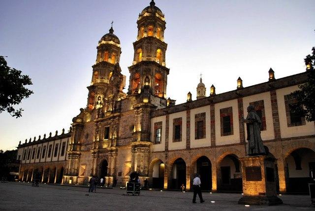 базилика Богородицы Сапопан Мексика